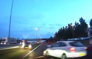 Een dashcam filmpje uit ons eigen land